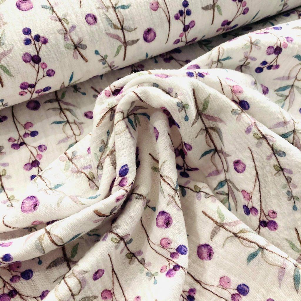 Purple Flowers in White Katoen