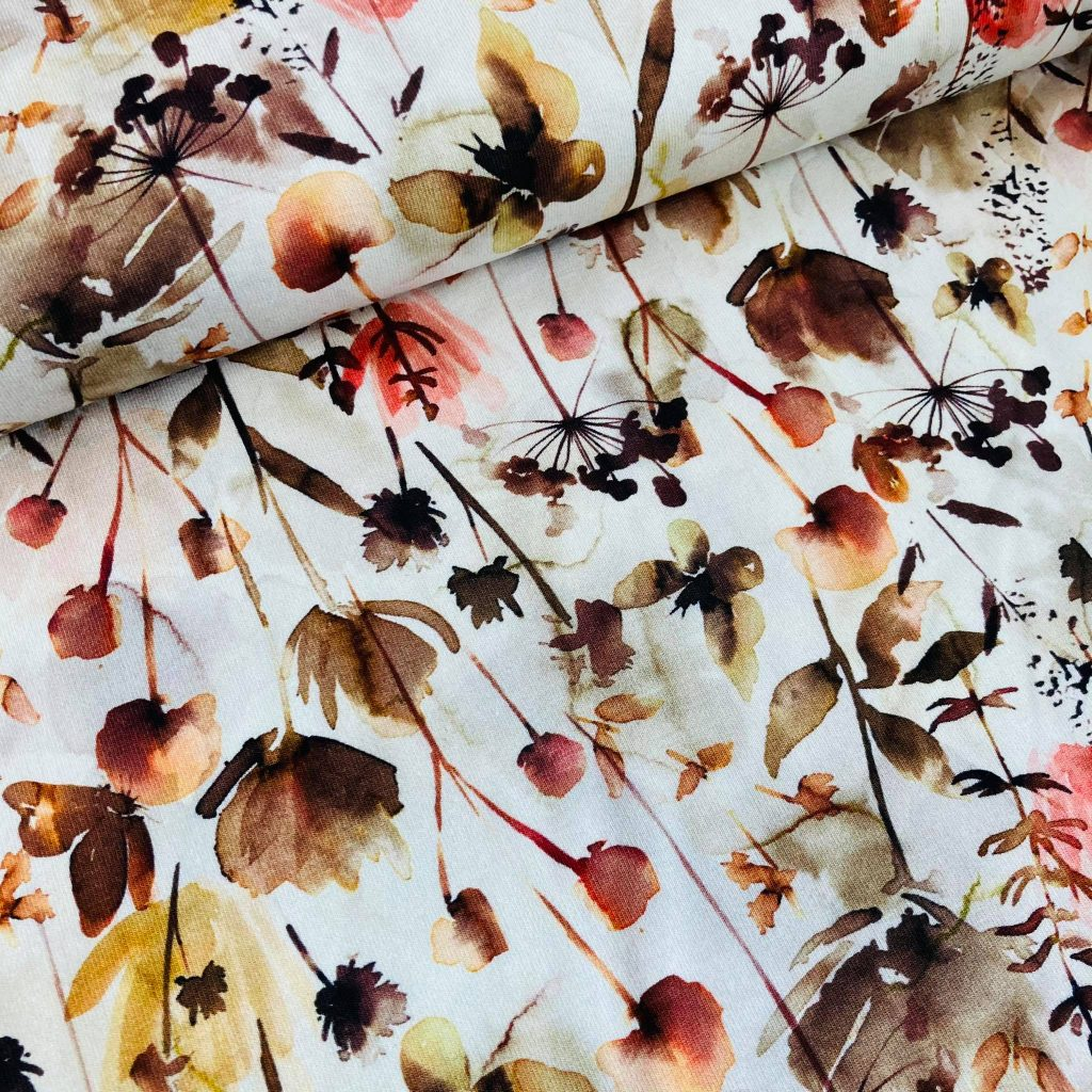Digital flowers In Offwhite Tricot